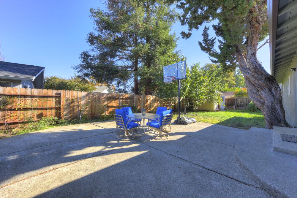 4050 Glendale Ave _16.jpg