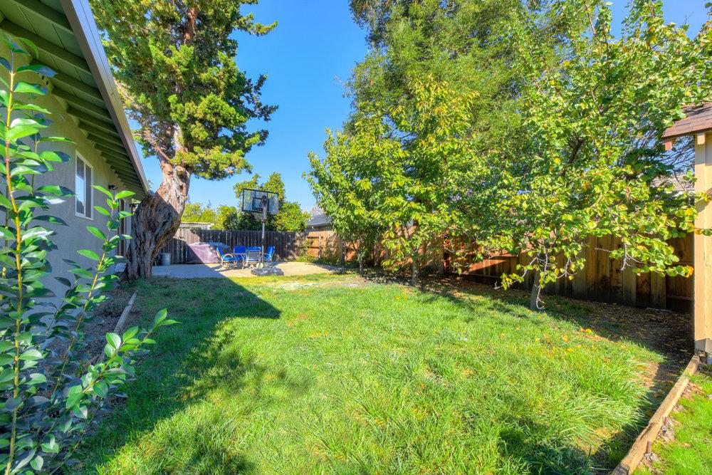 4050 Glendale Ave _19.jpg