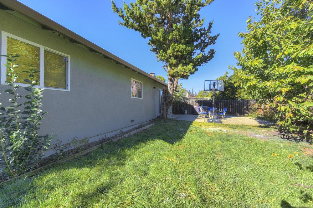 4050 Glendale Ave _21.jpg