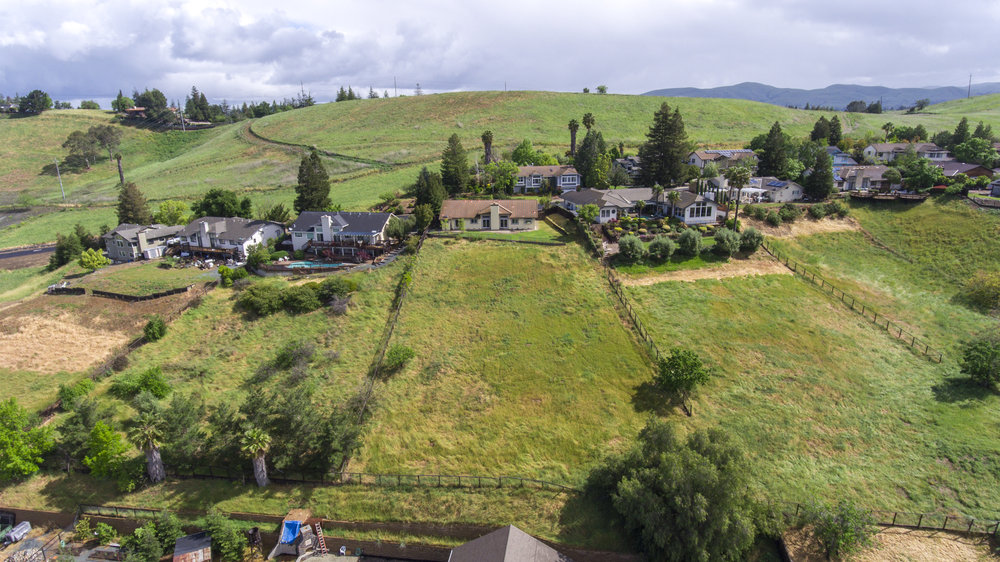 979 Via Montanas - aerial_5.jpg