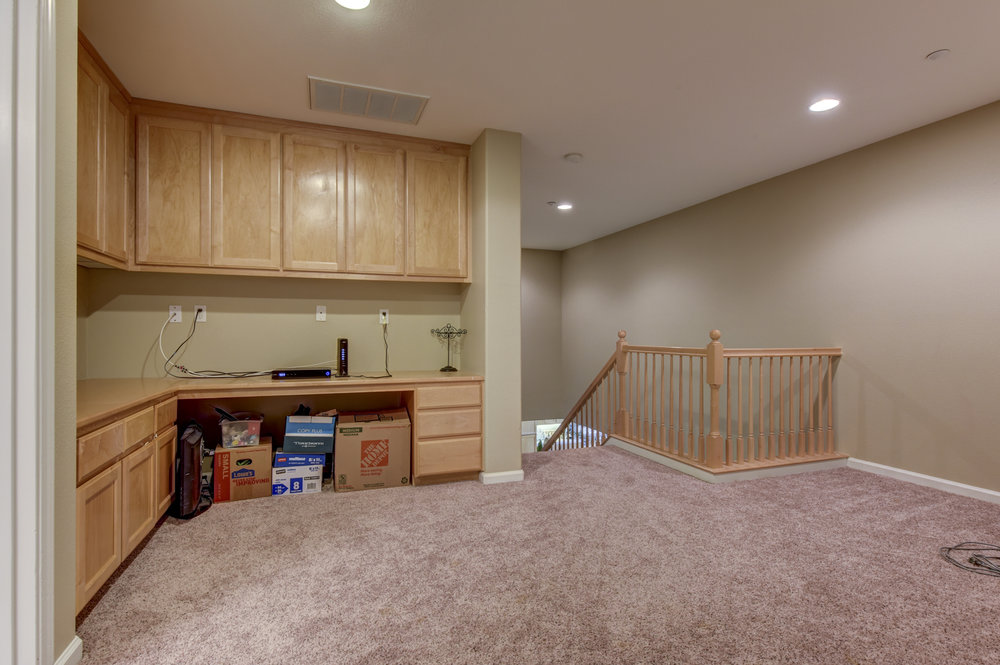 493 Lakeview Dr _24.jpg