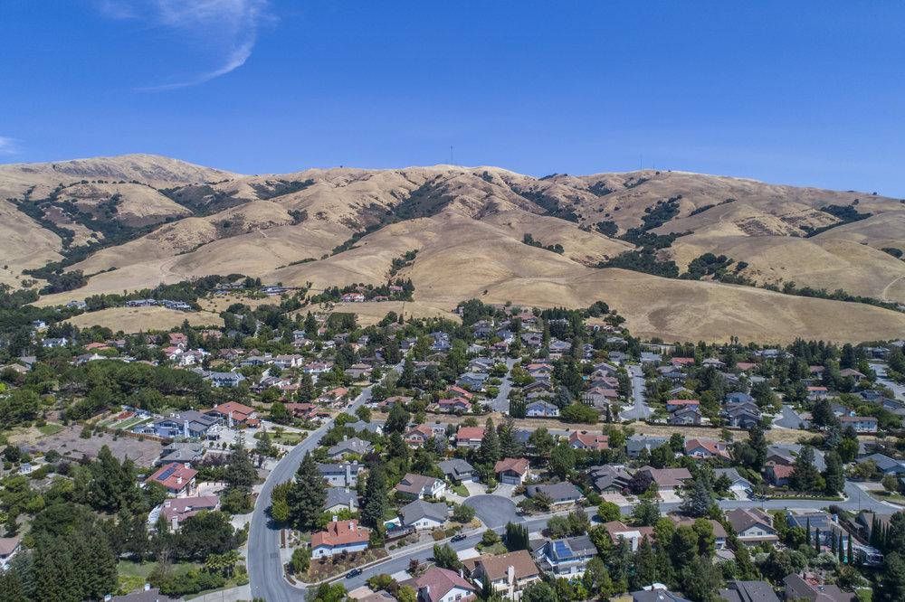 564 Shoshone Ct - aerial_8.jpg