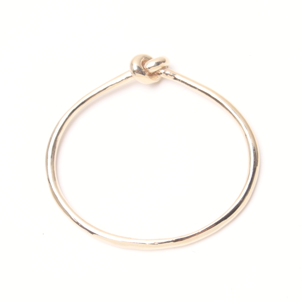 gold jewelry product lyst love bangle in finn knot bangles yellow