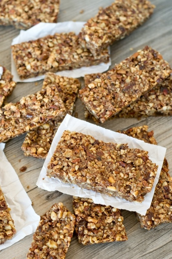 Paleo Nut Energy Bars // photo: TasteofLizzyT.com