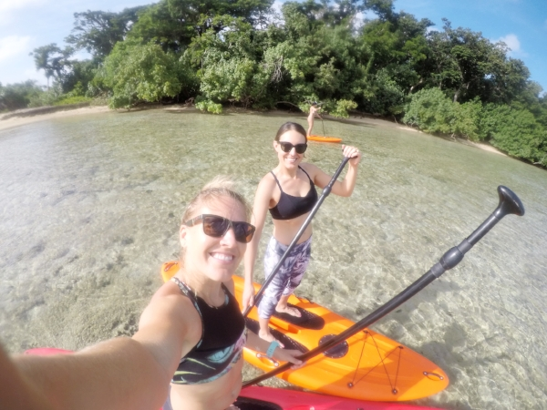 Stand-up Paddling to Bat Island