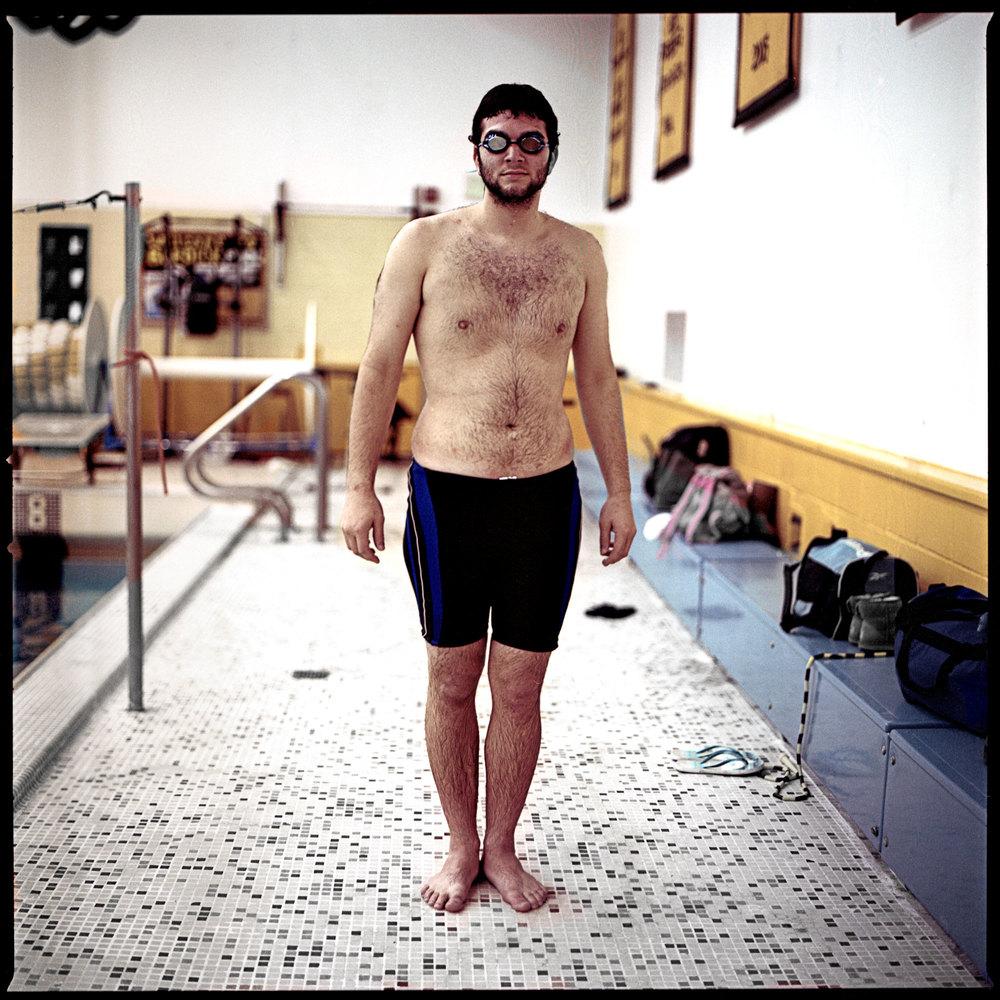 SwimmerWeb03.jpg
