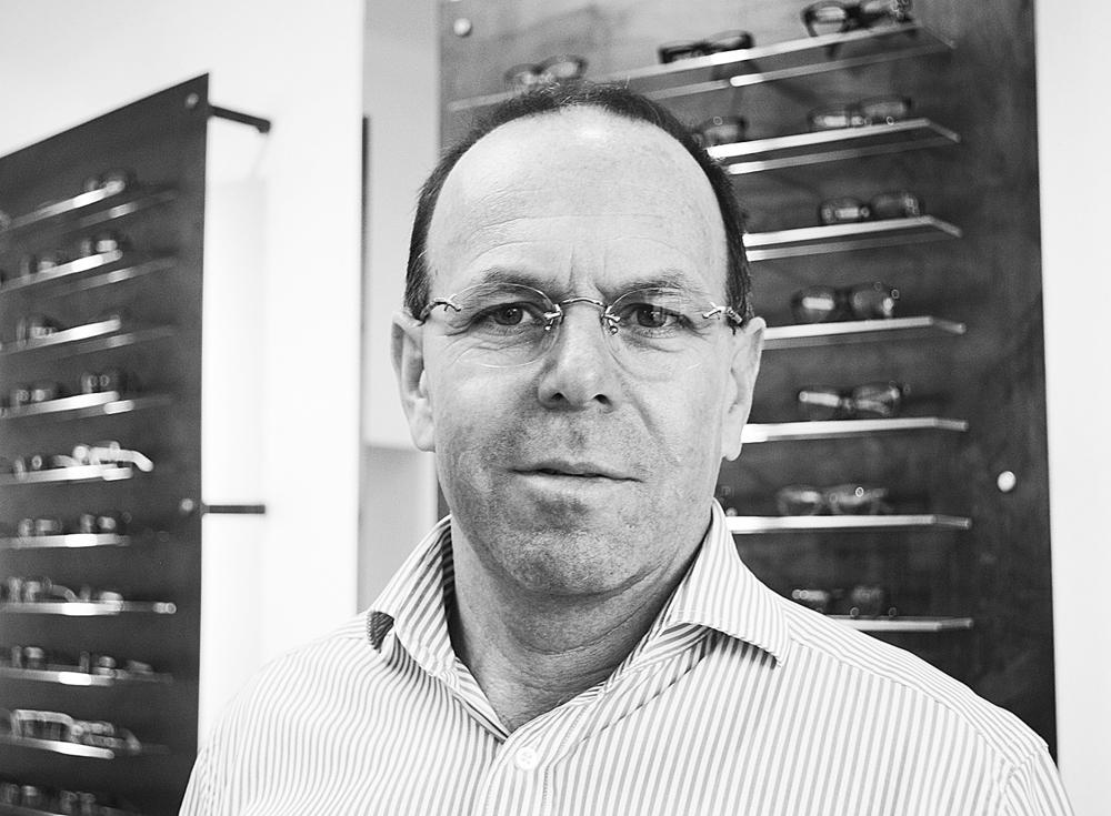 Gerhard Gumhold, Optiker