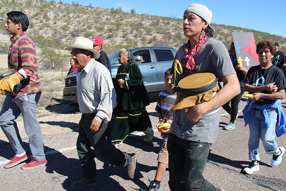 Apache-Protest.jpg