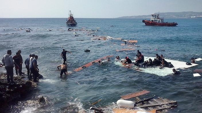 greece_migrants.jpg