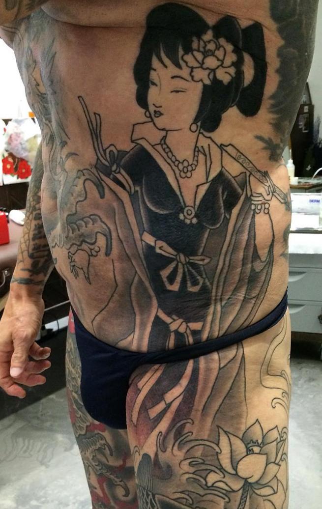 lady tattoo hong kong.jpg