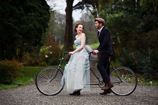 Photo from http://bdthandmade.blogspot.com/2012/03/tandem-bike-love.html