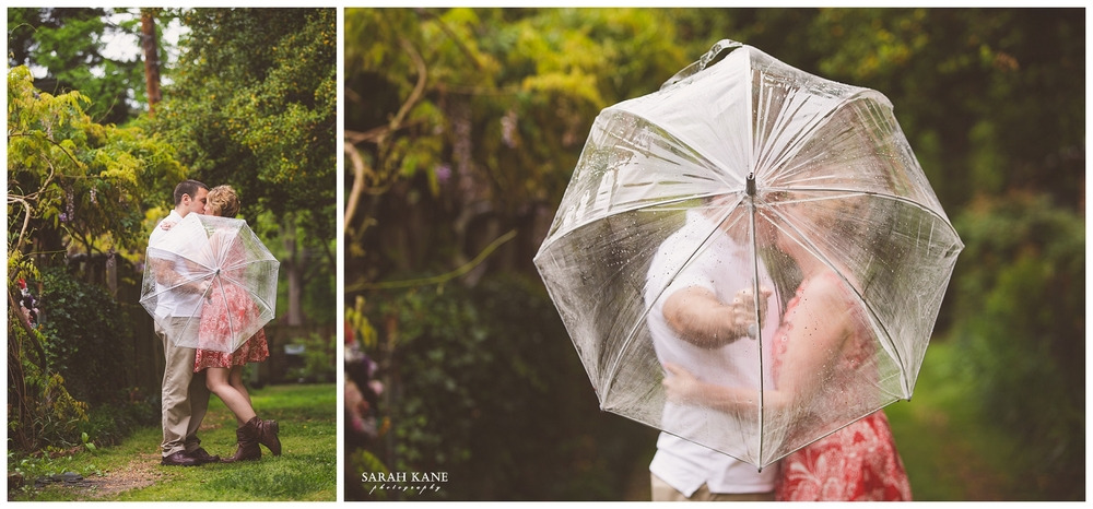 Rainy Engagement | Sarah Kane Photography