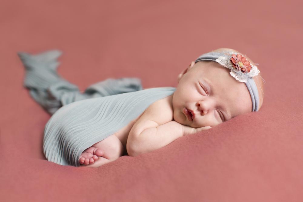2 McMillan Newborn Portraits 18.jpg