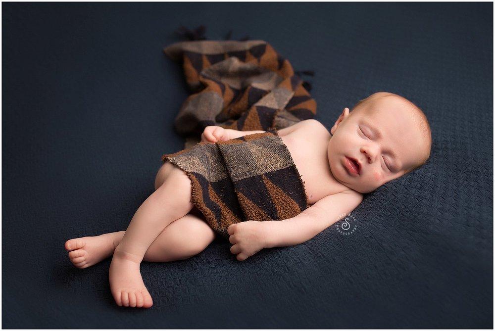 Newborn Portriats 003.jpg