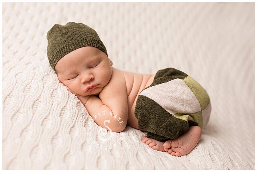 Newborn Portraits www.sarahkanephotography.com08.jpg