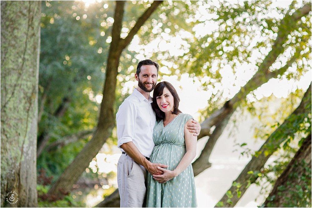 maternity portraits in RVA www.sarahkanephotography.com