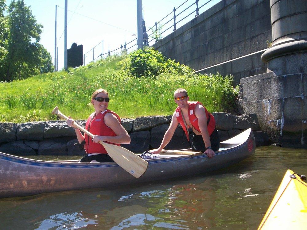 Todd_&_Kath_canoeing_Stockholm.jpg