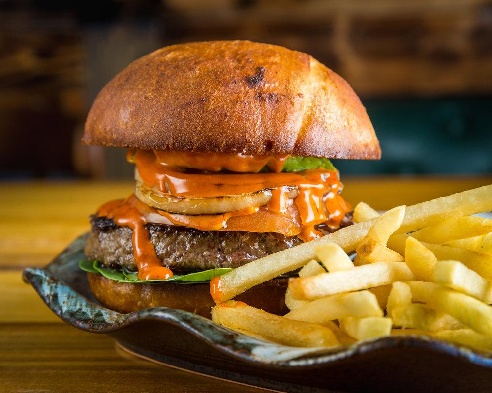 Cardon y el TIrano_Chipotle Burger-5.jpg