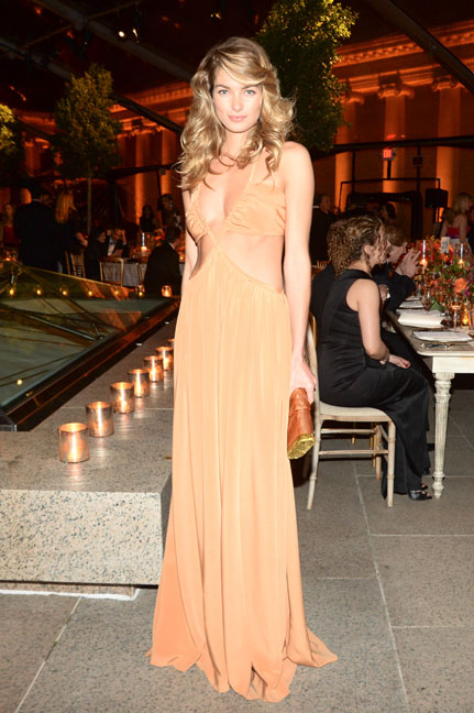 Jessica Hart at the Salvatore Ferragamo 2014 Mid-Winter gala to benefit the Fine Arts Museums, San Francisco wearing Salvatore Ferragamo