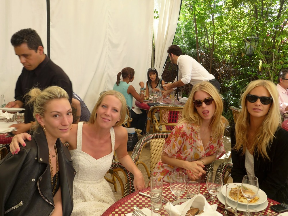 Olivia Dehavilland, Alice Dawson, Mary Charteris and Poppy Delevingne.