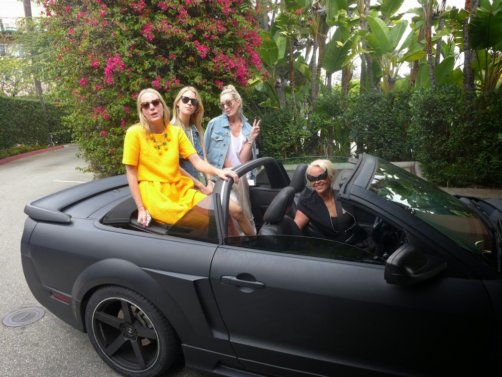 Alice Naylor Leyland, Mary Charteris, Olivia Buckingham, Amanda Eliasch in her black matt customised mustang.