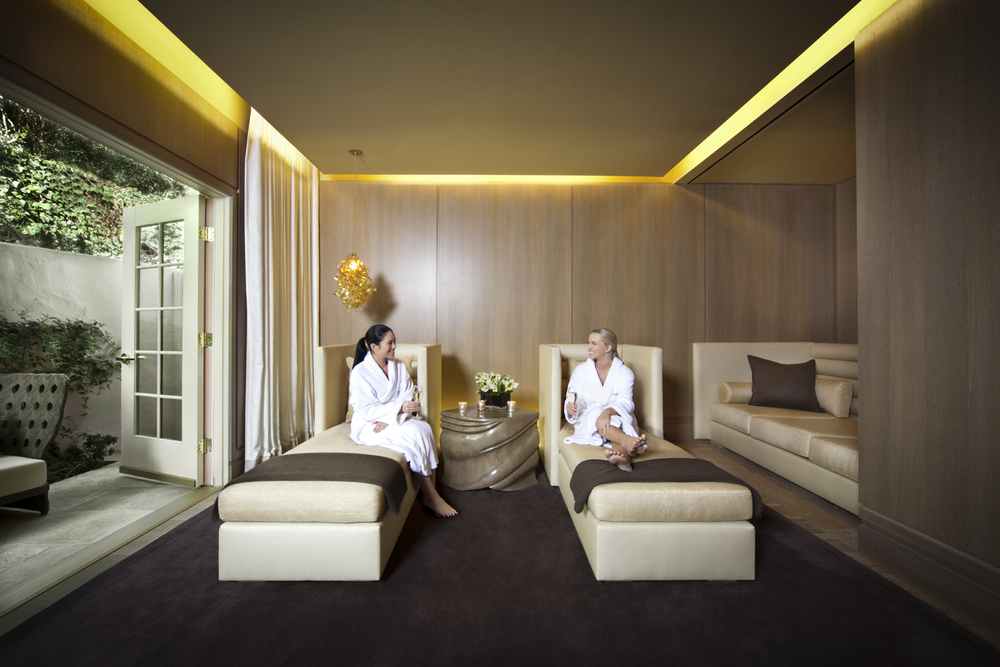 Ladies in Relaxation Lounge.Hotel Bel-Air Spa by La Prairie.jpg