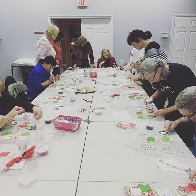 Everyone had a blast decorating cookies tonight! Thanks to the Cupcake Sisters! #holiday #cookies #icing #noms