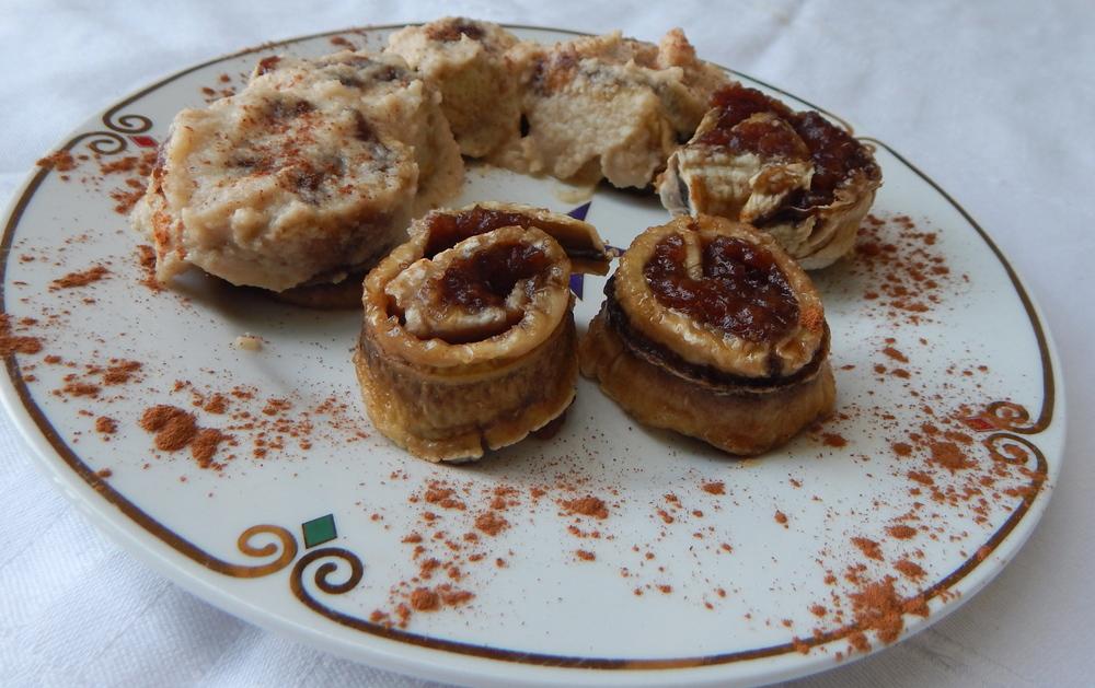 Cinnabon move over - these raw vegan cinnamon rolls are super amazing!