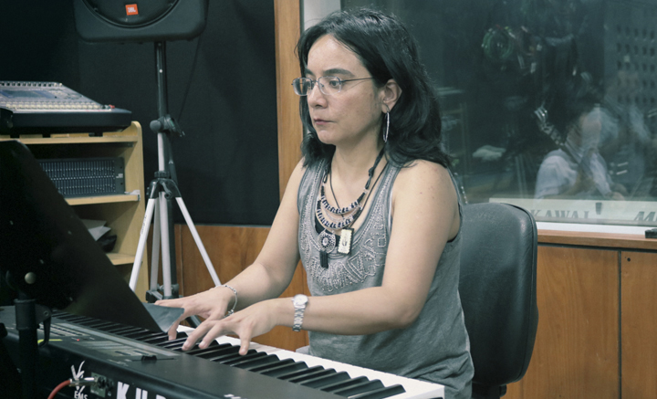 Carmen Aguilera: asesoría de producción musical.