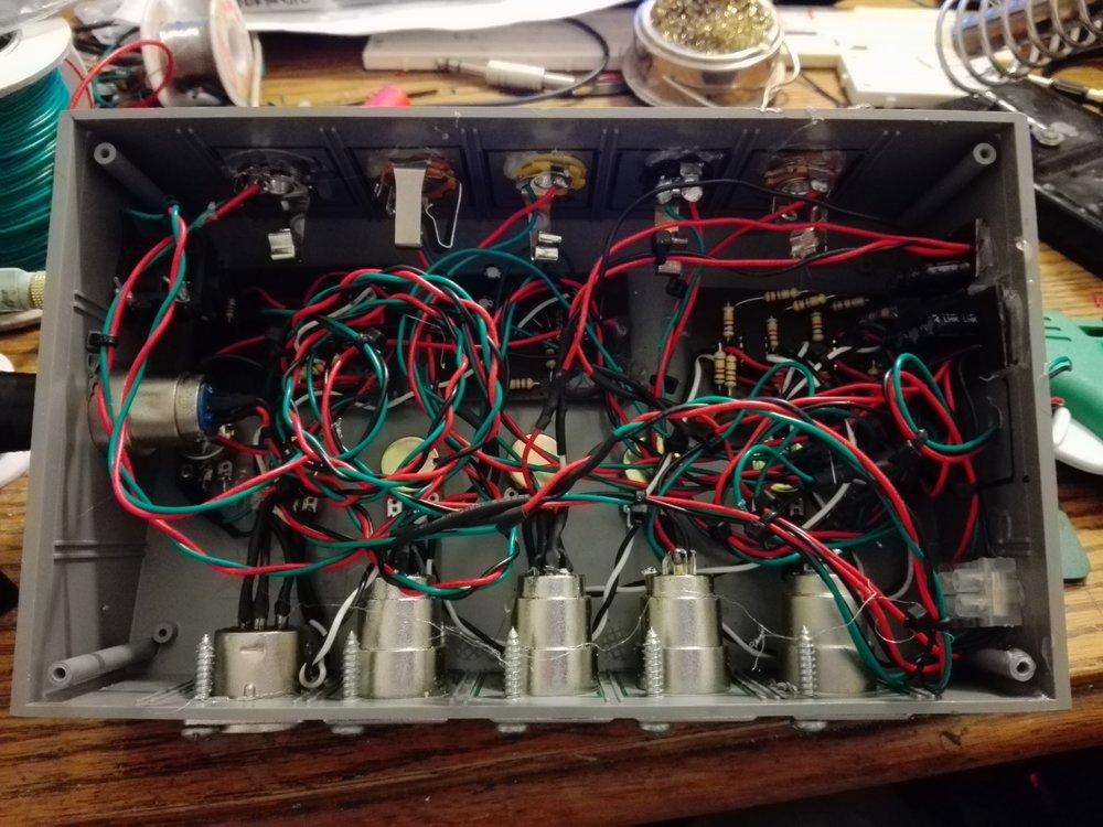 Escuela de Verano U. de Chile: invitado a exponer conceptos básicos de electrónica de audio.