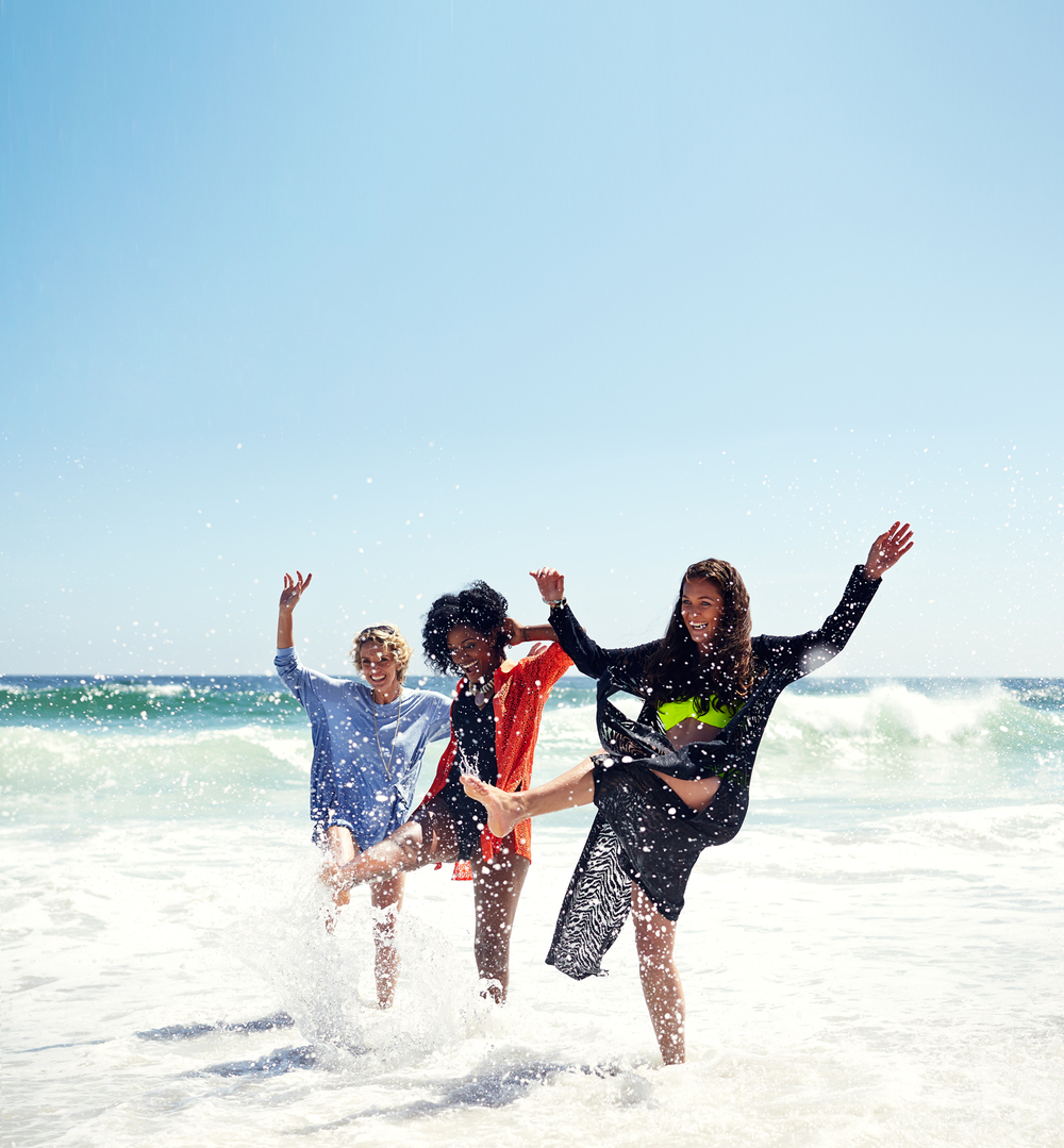 Friends-on-beach-1.jpg