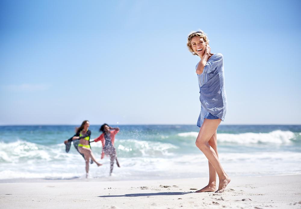 Friends-on-beach-2.jpg