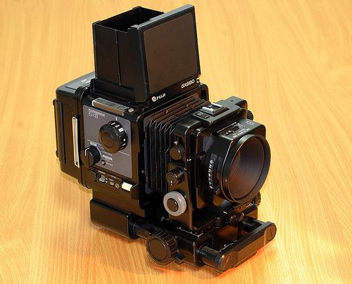 Fuji GX680,  Camera-wiki.org