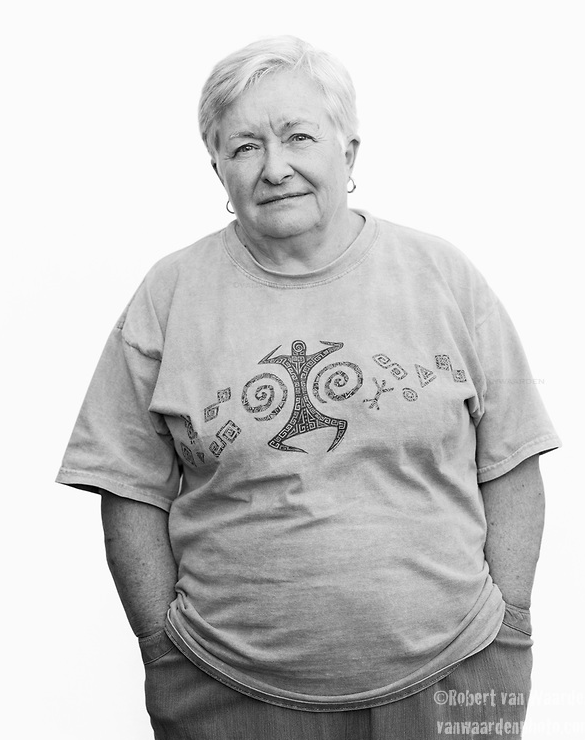 Elizabeth Frazer