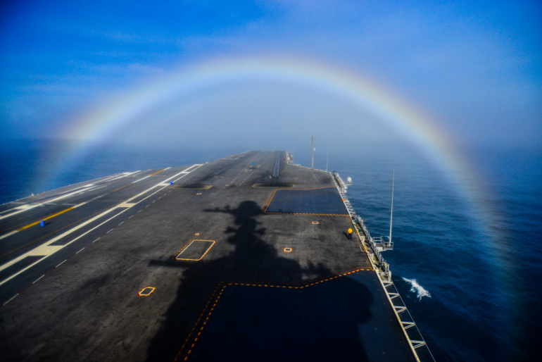 http://foxct.com/2015/02/05/rainbow-appears-over-us-navy-aircraft-carrier/