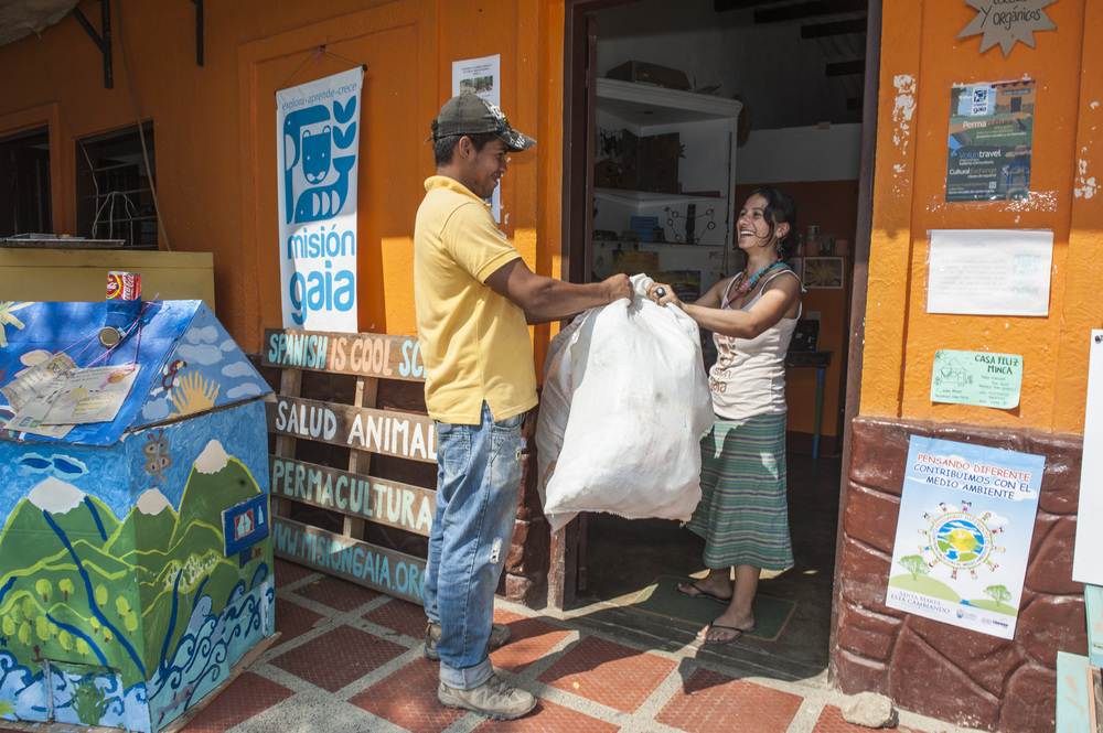 Mision Gaia collecting recycling from the town of Minca to sort - Michael Bednar, Photographers Without Borders 2015