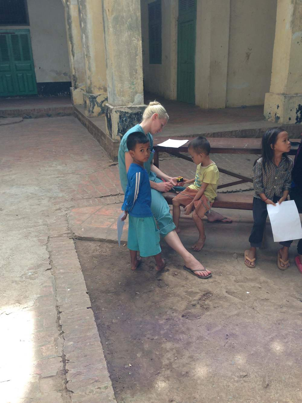 JANEEN AMTING AT CLINIC IN ORPHANAGE-PHOTO BY JAYNA AMTING