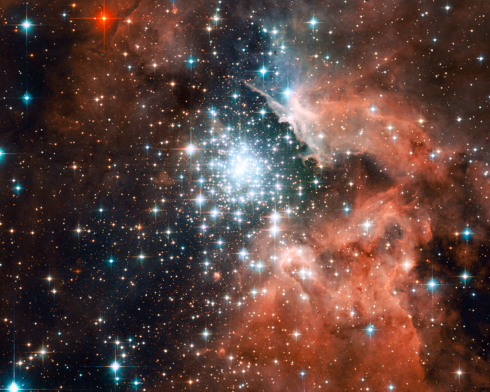 EXTREME STAR CLUSTER NGC 3603-HUBBLE SPACE TELESCOPE/NASA/ESA