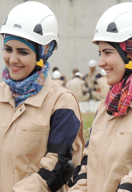 Title: The women saving Syria from bombs | Image Credits: The White Helmets