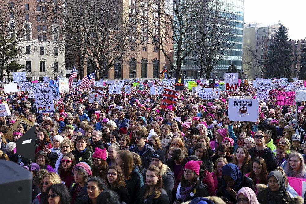 Landsing, Michigan Women's March. PHOTO BY SAMANTHA MADAR/JACKSON CITIZEN PATRIOT VIA ASSOCIATED PRESS.