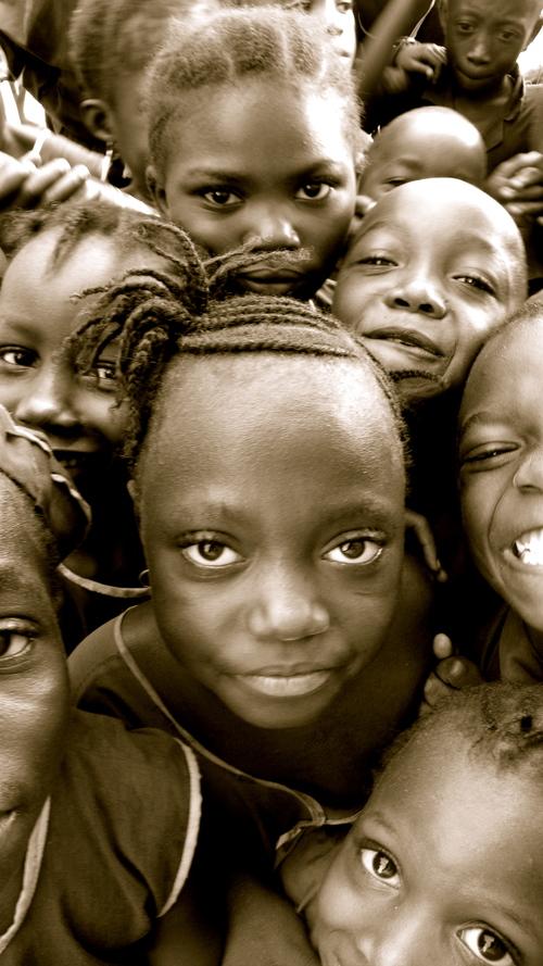 Group of Students. Sierra Leone. /Image: Sierra Nallo