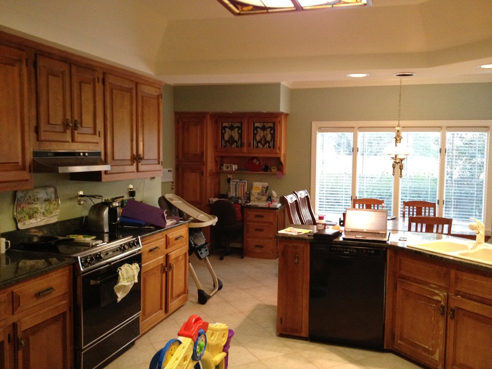 Kitchen Remodel Before Stove