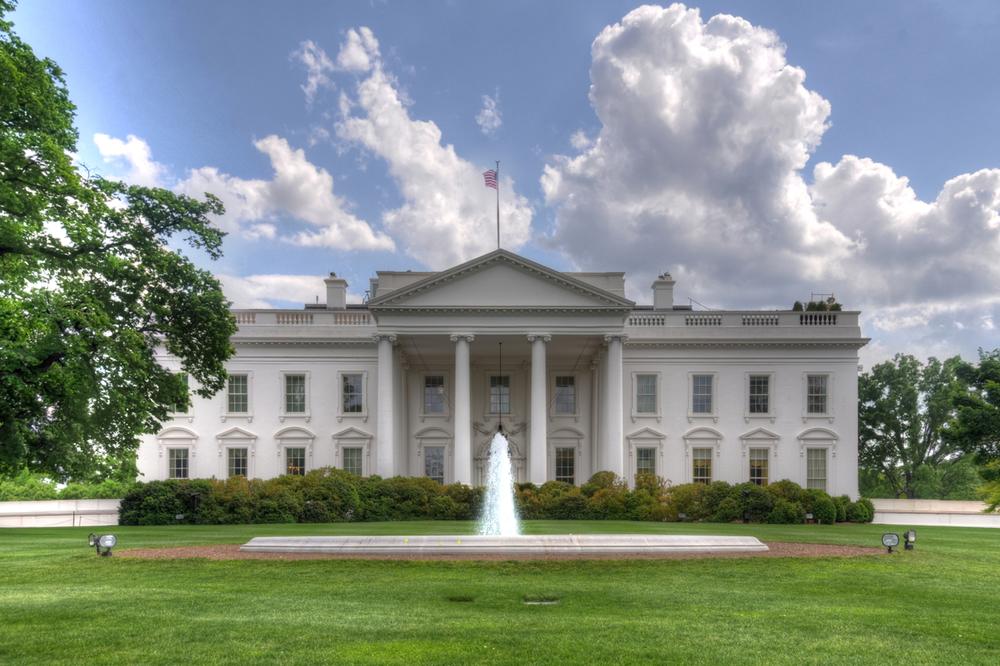 white-house2.jpg