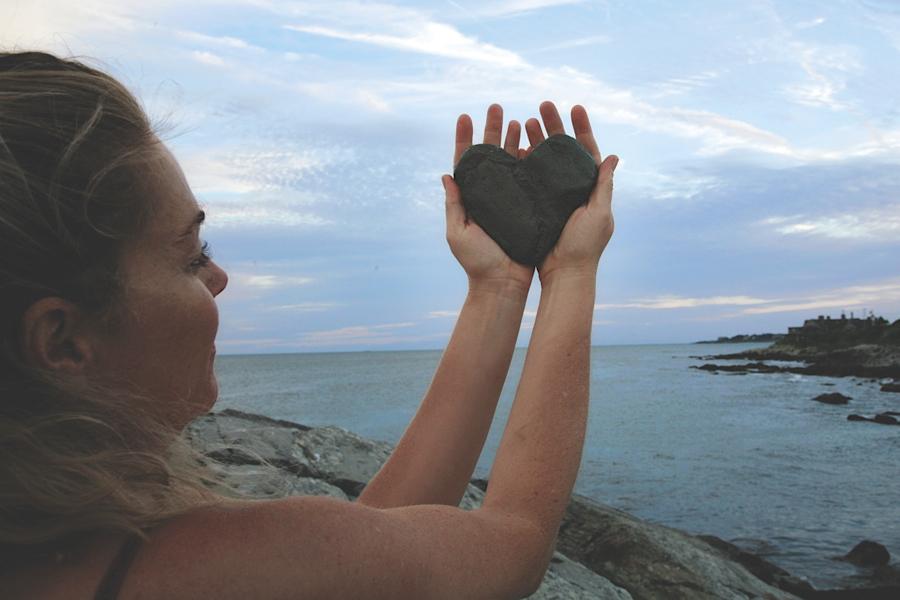 rZHorizon Heart Stone 2.jpg