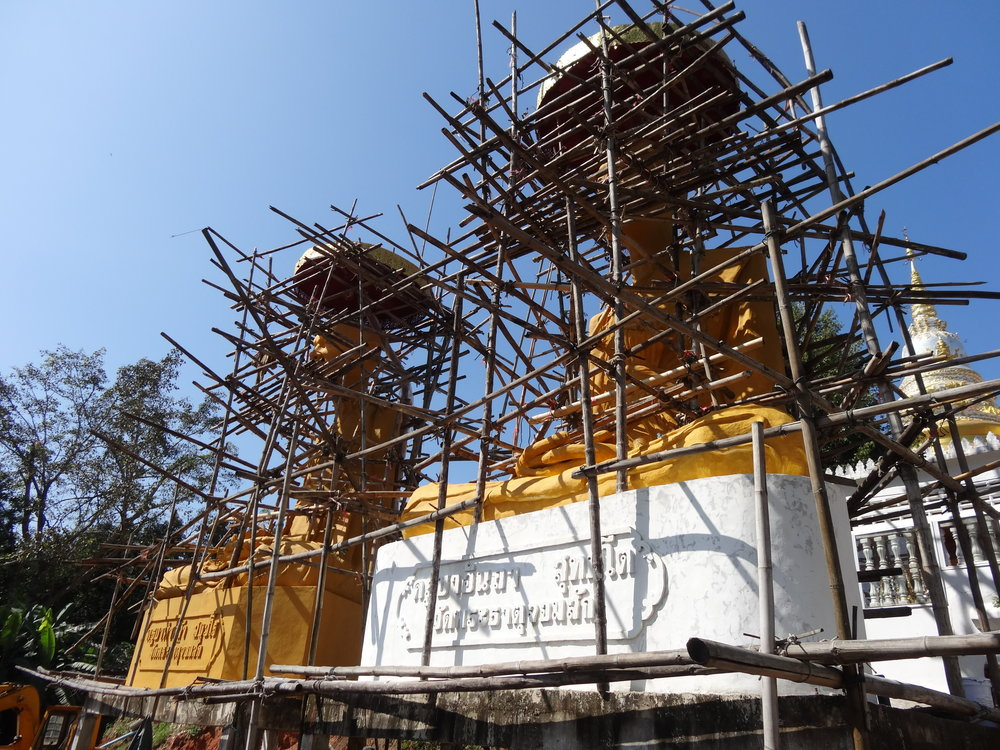 BUILDING BUDDHISM IN CHIANG RAI, THAILAND - CONSTRUCTION AS RELIGION