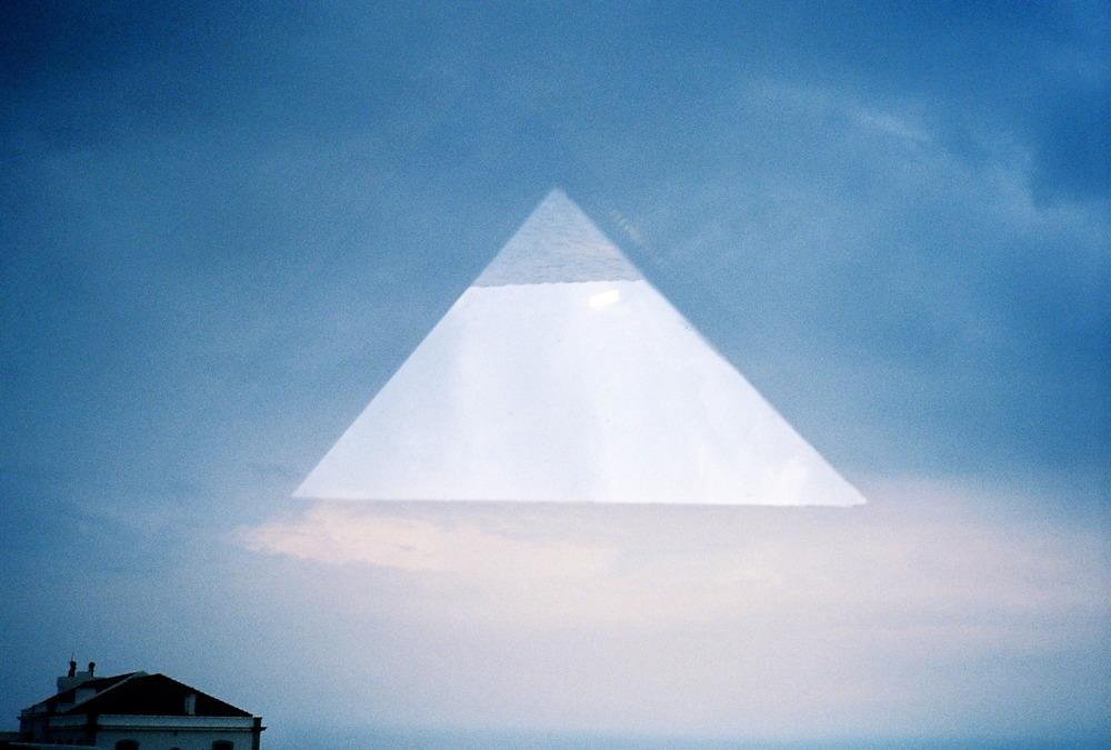 10 - Pyramid.jpg