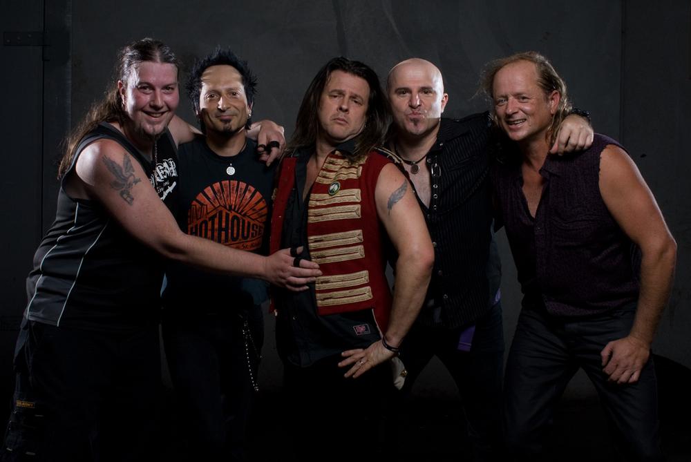 Serpentine!  Craig Whitelock, Zakk Zedras, Patrick Creamer, Rexx Fernandez & Clinton Roche.