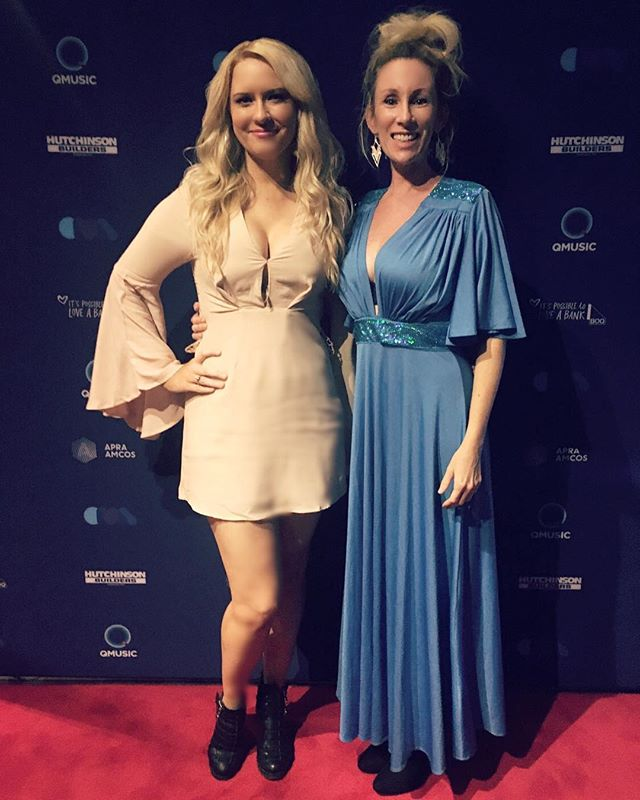 Last night our girl @mellissabaker hit the @qldmusicawards with our good friend and brilliant songwriter Mishelle Bradford Jones. #thisisqueensland #countrymusic #redcarpet #qmusic #awards #brisbane