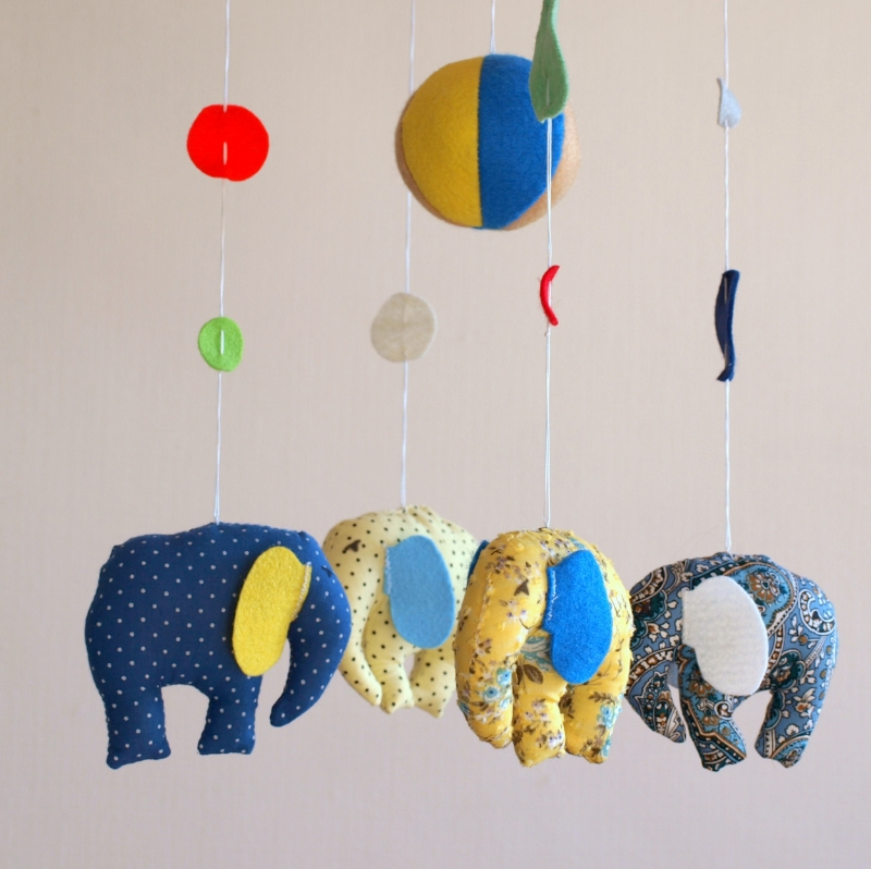 Elephants blue yellow 3.JPG