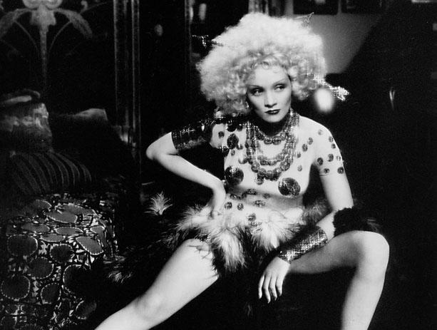 Marlene Dietrich em Blonde Venus (Josef von Sternberg, 1932)